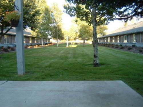 6_back_courtyard_9_8_2005jpg