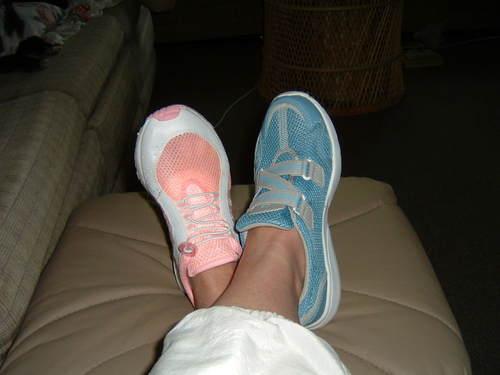 Pinkblueshoes